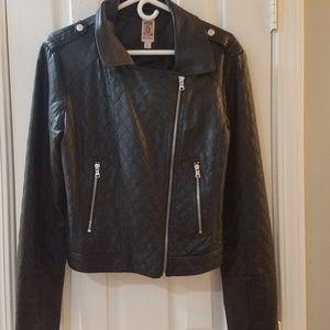 Drecree black jacket.